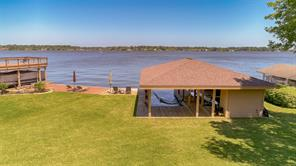 Enjoy summer at Lake Conroe!