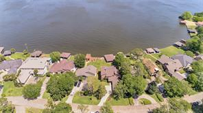Aerial view of 191 Lake View Circle.