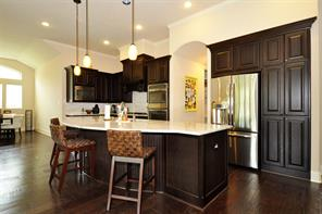 Beautiful open kitchen with breakfast room to the side