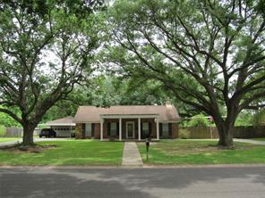 6008 n travis street, liberty, TX 77575
