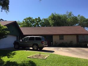 511 evergreen, huntsville, TX 77340