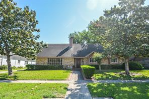 6703 burning tree drive, houston, TX 77036