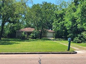2401 JAMES, Baytown TX 77520