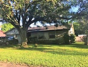 1719 coffee street, alvin, TX 77511
