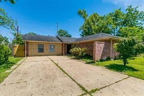 4635 Quachita, Houston TX 77039