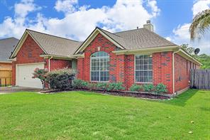 1319 Golden Sun Court, Pasadena, TX 77586