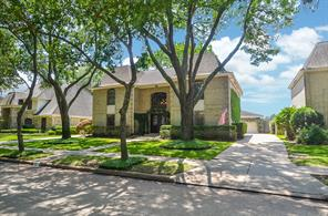 2410 stephens grant drive, sugar land, TX 77479