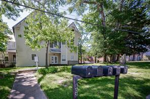 802 university avenue, huntsville, TX 77320