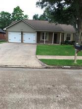 728 manor drive, angleton, TX 77515