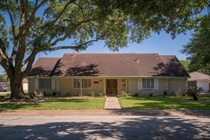2304 carriage lane, la marque, TX 77568