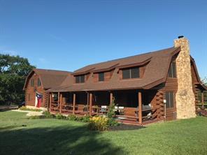 565 Oak Meadow, Bellville, TX 77418