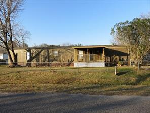 333 Bartlett Bend, Highlands, TX, 77562