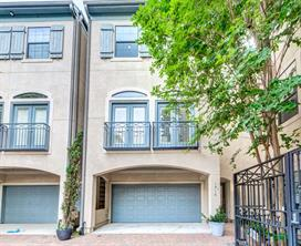 Houston Home at 1916 W Bell Street A Houston , TX , 77019-4814 For Sale