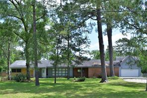 4511 Country Club Drive, Dickinson, TX 77539