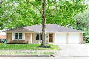 710 Briargrove Drive, Alvin, TX 77511