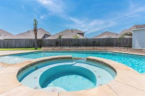 2175 Crane Hawk Lane, League City, TX 77573