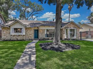 Houston Home at 1046 Chantilly Lane Houston , TX , 77018-3218 For Sale