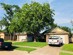 1122 holbech lane, channelview, TX 77530