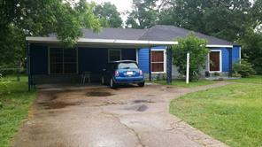 8302 curry road, houston, TX 77093