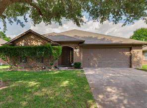 1501 village court drive, rosenberg, TX 77471