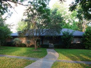 723 n rockisland street, angleton, TX 77515