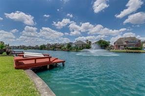 10131 ripple lake drive, houston, TX 77065