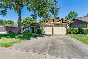 427 Woodrail Drive, Houston, TX 77598