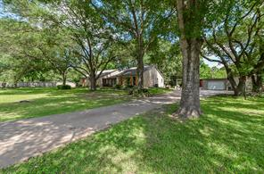 12 Live Oak Trail, Cypress, TX 77429