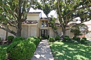 1643 Creekside Drive, Sugar Land, TX 77478
