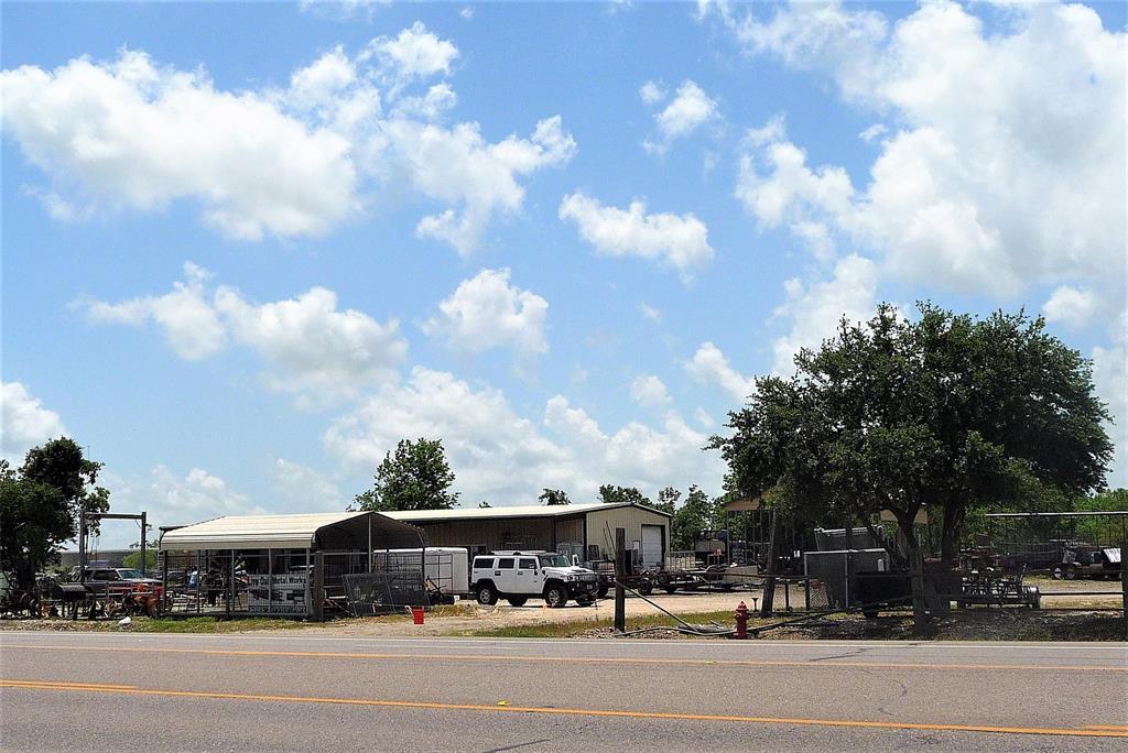 3730 E Highway 6, Alvin, TX 77511