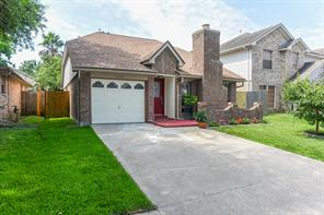 4734 Woodford, Baytown TX 77521