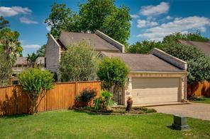 Houston Home at 734 Lake View Drive Montgomery , TX , 77356-5774 For Sale