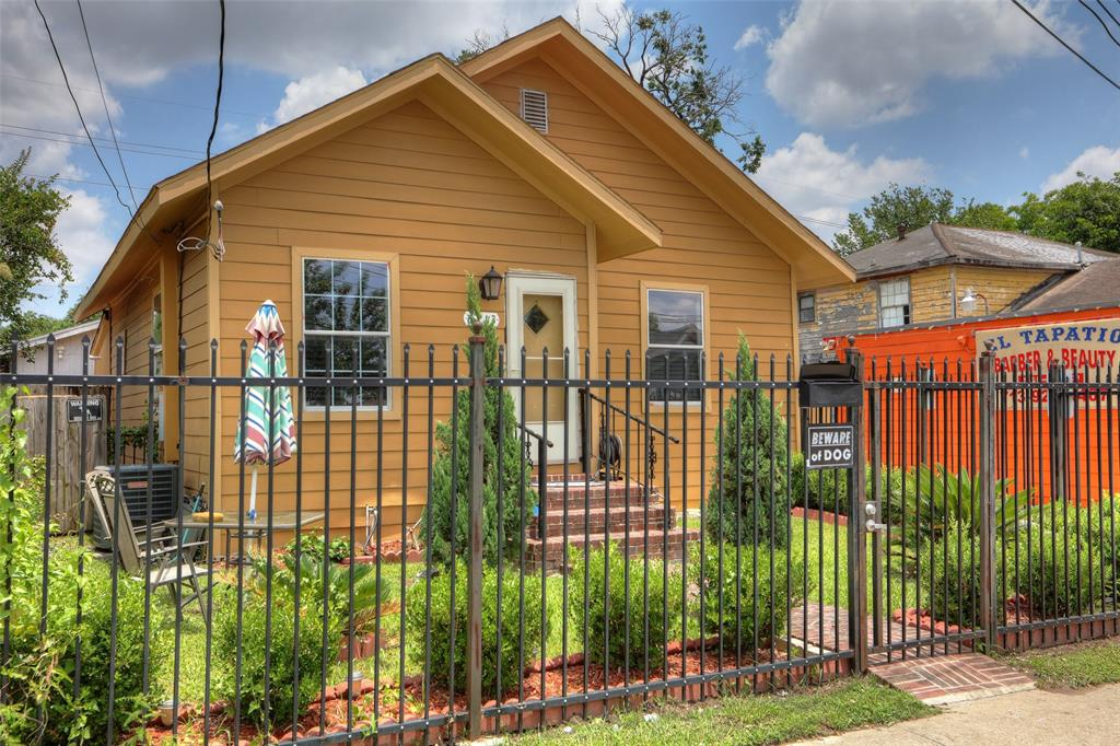 6713 Canal Street, Houston, TX 77011
