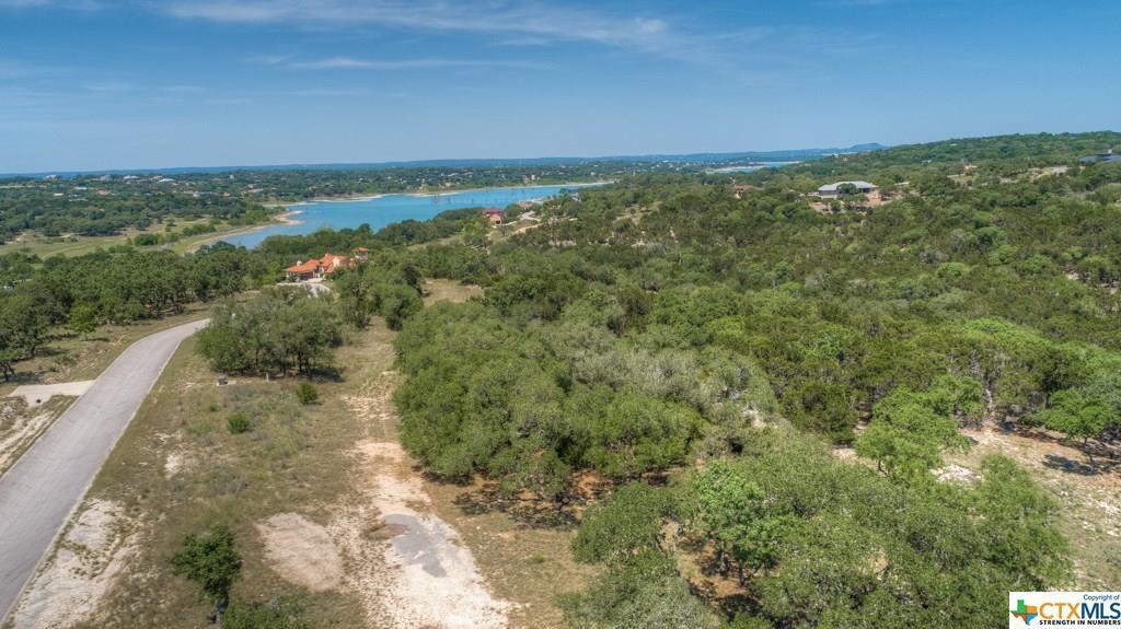 2122 Sierra Madre, Canyon Lake, TX 78133