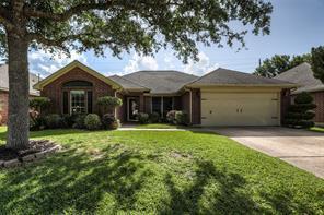 823 Hampton, Pearland TX 77584