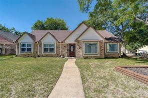 5802 golden forest drive, houston, TX 77092
