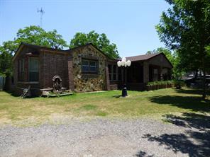 3928 mclean road, baytown, TX 77521