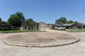 10422 Kirkwren, Houston TX 77089