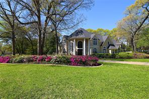 Houston Home at 2 Wedgewood Boulevard Conroe , TX , 77304-1326 For Sale