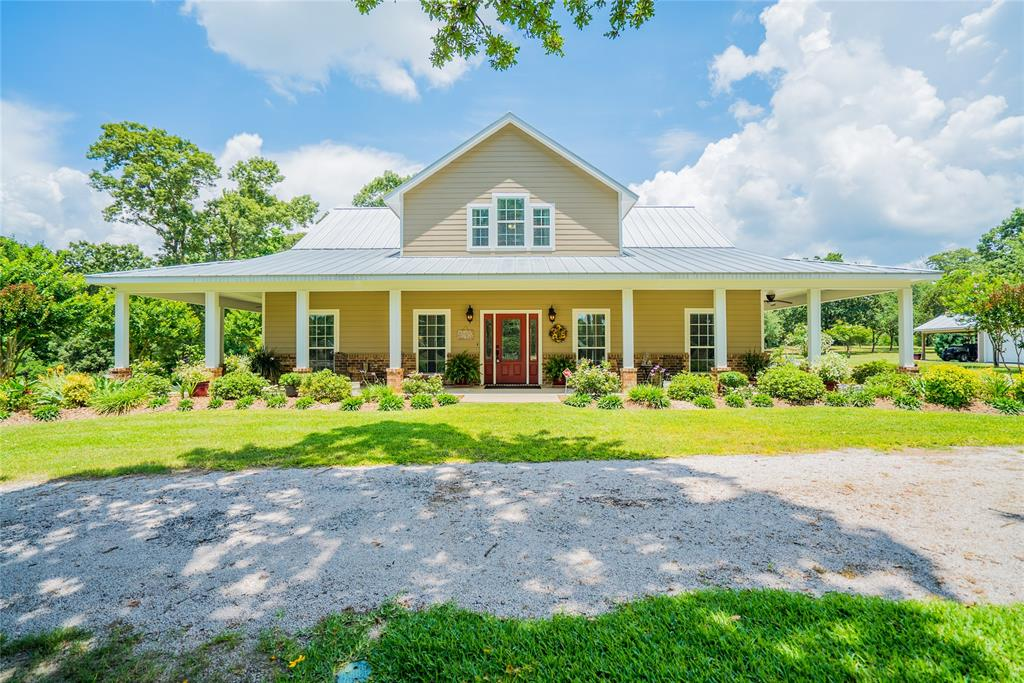2749 County Road 161, Centerville, TX 75833