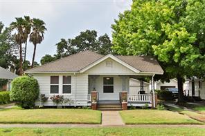 1131 Le Green Street, Houston, TX 77009