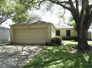 2927 Shadow Trail Drive, Houston, TX 77082