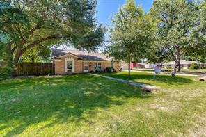 215 southmore street, tomball, TX 77375