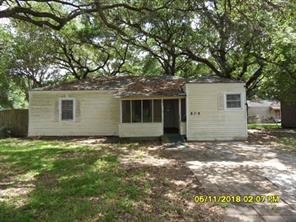 809 17th, Texas City TX 77590