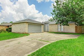 8722 Parkway Forest