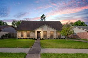 12311 meadow berry drive, meadows place, TX 77477