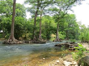 1330 river place dr drive, new braunfels, TX 78130