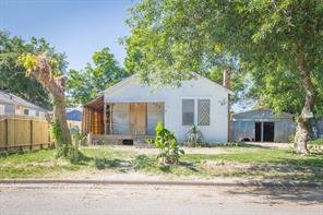 305 10th, Texas City TX 77590