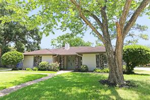 Houston Home at 415 Glenlea Drive Friendswood , TX , 77546-3801 For Sale