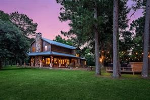 450 county road 2267, cleveland, TX 77327